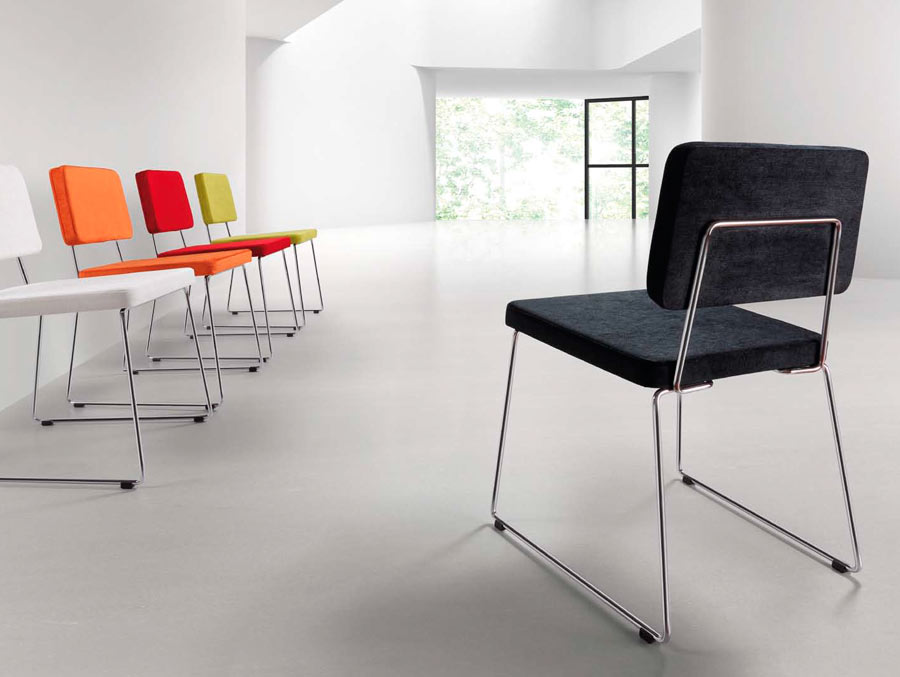 Muebles s per barcelona mesas y sillas for Muebles infantiles barcelona